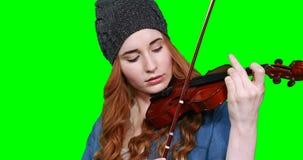 Plan rapproché de musicien féminin jouant le violon clips vidéos