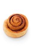 Plan rapproché de petit pain de cannelle images libres de droits