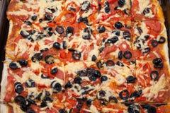 Plan rapproché de pizza végétarienne fraîche photo stock