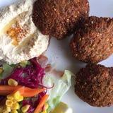 Plan rapproché de plat de Falafel images stock
