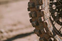 Plan rapproché de pneu de motocross Photos libres de droits