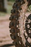 Plan rapproché de pneu de motocross Image stock
