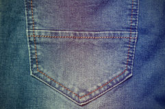 Plan rapproché de poche de jeans de denim de mode Photo libre de droits