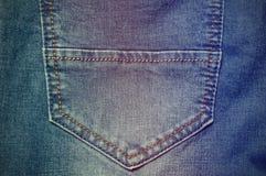 Plan rapproché de poche de jeans de denim de mode Photo libre de droits