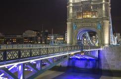 Plan rapproché de pont de tour Photos stock