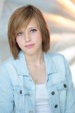 Plan rapproché de portrait d'adolescent Images stock