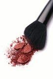 Plan rapproché de poudre de maquillage avec la brosse Photo libre de droits