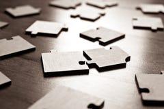 Plan rapproché de puzzles denteux Photographie stock libre de droits