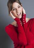 Plan rapproché de rire enthousiasmé de la fille 20s Images libres de droits