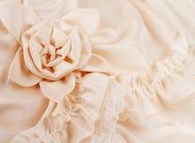 Plan rapproché de robe de mariage avec l'espace pour vos mots Image libre de droits