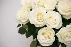 Plan rapproché de rose de blanc de bouquet Image libre de droits