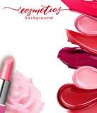 Plan rapproché de rouge à lèvres et rouge à lèvres de calomnies sur le fond blanc Cosmétiques commerciaux, beau style Calomnie ex illustration stock