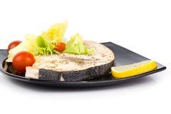 Plan rapproché de studio des filets grillés d'espadons Photo stock
