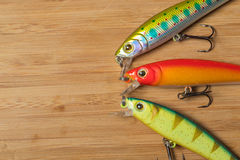 Plan rapproché de trois wobblers colorés Photo stock