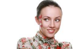 Plan rapproché de visage de sourire de belle femme. Photographie stock