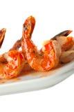 Plan rapproché des brochettes de crevette de BBQ photographie stock libre de droits