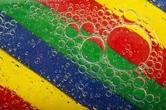 Plan rapproché des bulles de l'eau Images stock