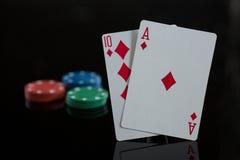 Plan rapproché des cartes de diamant avec des puces Photo libre de droits