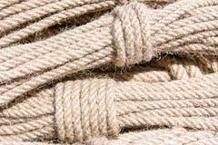 Plan rapproché des cordes Ropes le fond Photographie stock