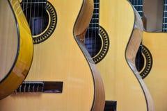 Plan rapproché des guitares photographie stock