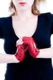 Plan rapproché des mains femelles dans les gants Photos libres de droits