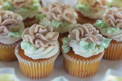 Plan rapproché des petits gâteaux Images libres de droits