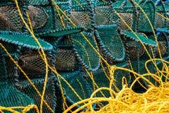Plan rapproché des pièges de homard avec la profondeur du champ photos stock