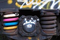 Plan rapproché des ressorts rouillés sur le wagon couvert de train de fret, Sterling, le Colorado Photos stock