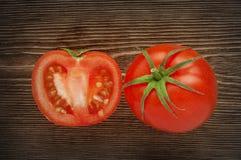 Plan rapproché des tomates fraîches et mûres photos libres de droits