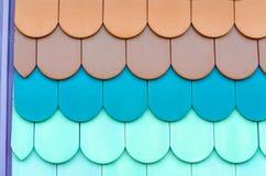 Plan rapproché des tuiles colorées photos libres de droits