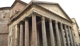 Plan rapproché du point de repère antique de Panthéon de Rome, Italie, le 7 octobre 2018 photographie stock libre de droits