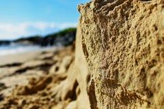 Plan rapproché du sable érodé de plage photo libre de droits