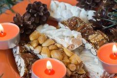 Plan rapproché espagnol de foyer sélectif de dessert de Noël du ³ n de Turrà Photographie stock