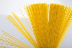 Plan rapproché italien de spaghetti d'Uncoocked Photos libres de droits