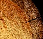 Plan rapproché matériel en bois de coupe dentelée et fraîche images stock