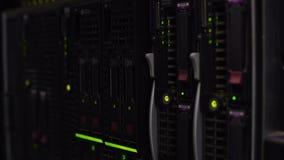 Plan rapproché moderne de serveur, stockage de données de calcul de nuage, progrès technologique banque de vidéos