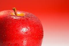 Plan rapproché rouge d'Apple Image stock