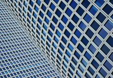 Plan rapproché sur deux gratte-ciel Images libres de droits