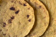 Plan rapproché traditionnel de tortillas de maïs Photos libres de droits