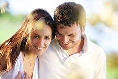 Plan rapproché sur les couples affectueux Image libre de droits