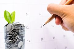 Plan ratować pieniądze w szkle dla twój inwestorskiej przyszłości zdjęcia royalty free