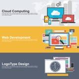 Plana designbegrepp för molnberäkning, rengöringsdukutveckling och logo planlägger Royaltyfri Fotografi
