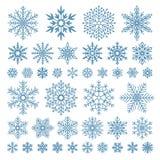 Plana snöflingor Vintersnöflingakristaller, jul snöar former och den glaserade kalla uppsättningen för symbolsvektorsymbol royaltyfri illustrationer