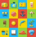 Plana symboler av ferie reser, sommarpictogramen, havsfritid Fotografering för Bildbyråer