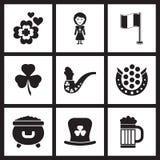 Plana symboler för begrepp i svartvita Sts Patrick dag Arkivfoto