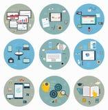Plana symboler för rengöringsduken och mobilen, affärsstrategi Arkivbilder