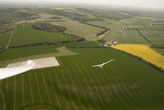 Planadores em voo sobre penas sul Imagens de Stock Royalty Free