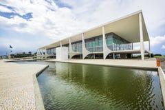 Planalto slott i Brasilia, huvudstad av Brasilien Royaltyfria Bilder