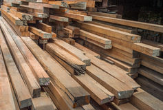 Plance di legno della costruzione Immagini Stock Libere da Diritti