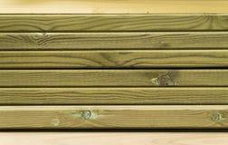 Plance rivestite verdi del pino Fotografie Stock